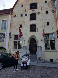 Ruta Motera con Goldwing desde Finlandia hasta España -Tallin